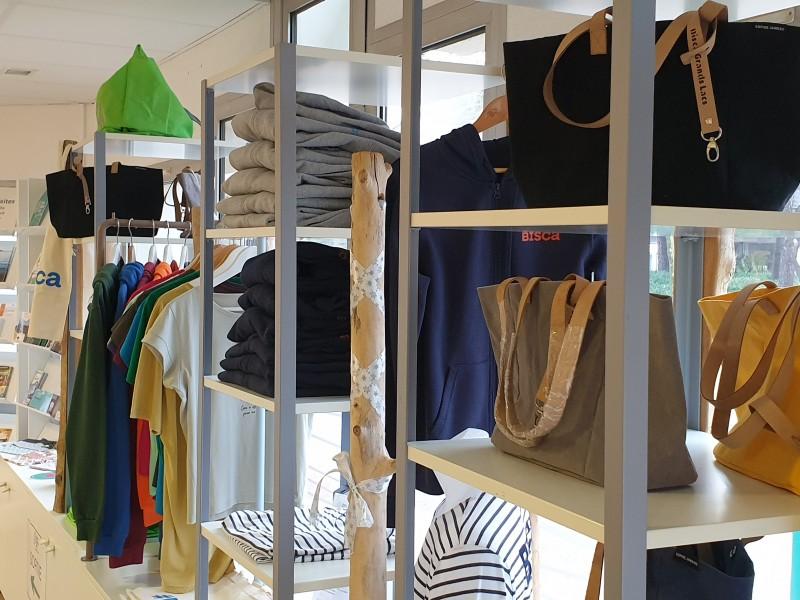 la-boutique-2402296